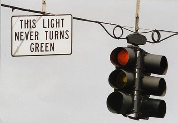light never turns green